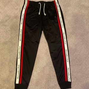 NWT Abercrombie & Fitch Joggers